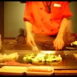 Arroz con vegetales, huevos y carnes salteadas (Plato Japonés)