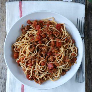 Spaghetti con salsa a la boloñesa