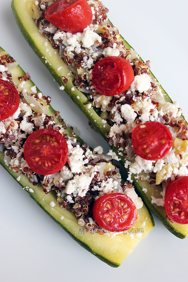 Zapallo-italiano-relleno-con-quinoa,-tomate-y-queso-feta01
