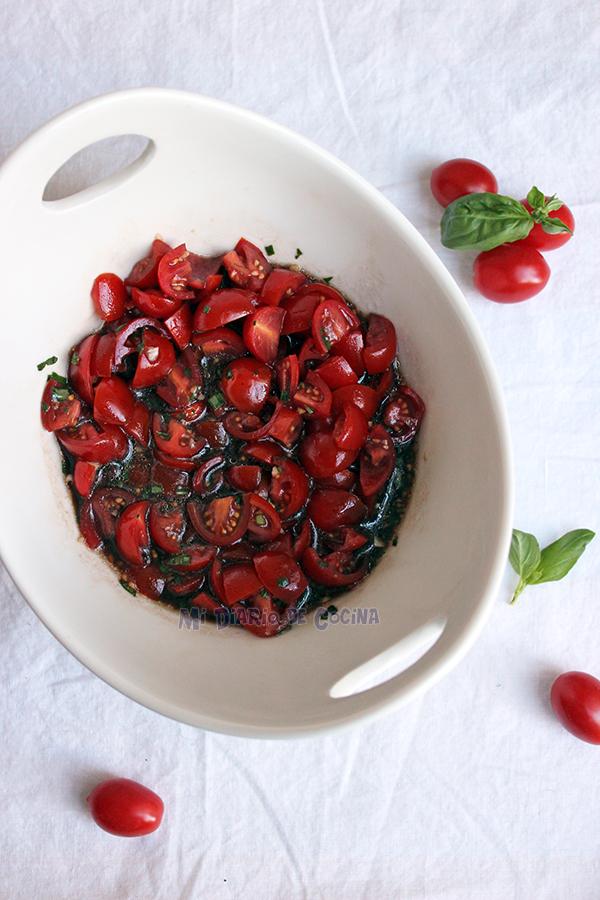 Bruschetta-de-tomate-y-albahaca02