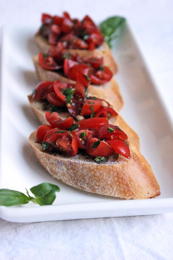 Bruschetta-de-tomate-y-albahaca03