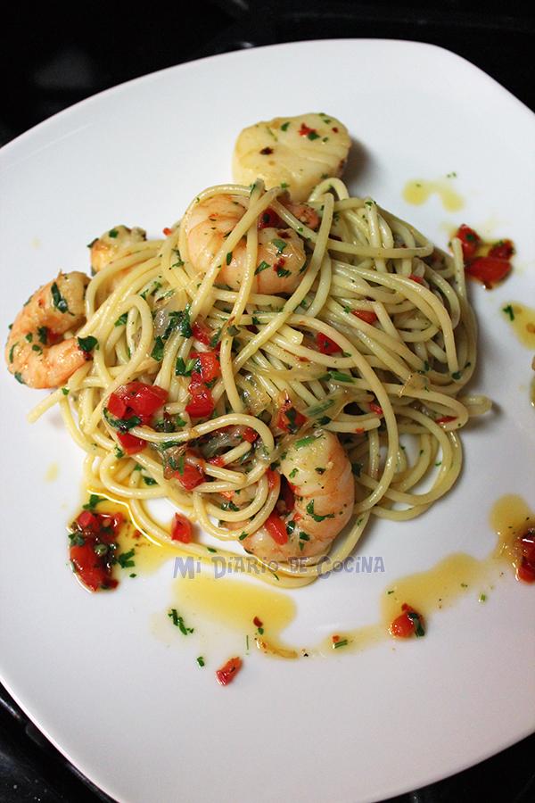 Pasta-con-camarones-y-ostiones01