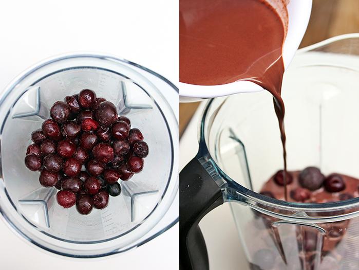 Dark sweet cherries con chocolate Paletas - Preparación