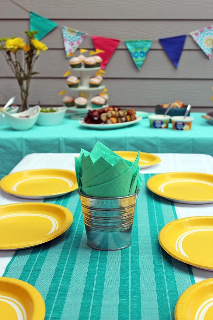 Brochetas de carne y vegetales con dips Kraft - Decoración fiesta