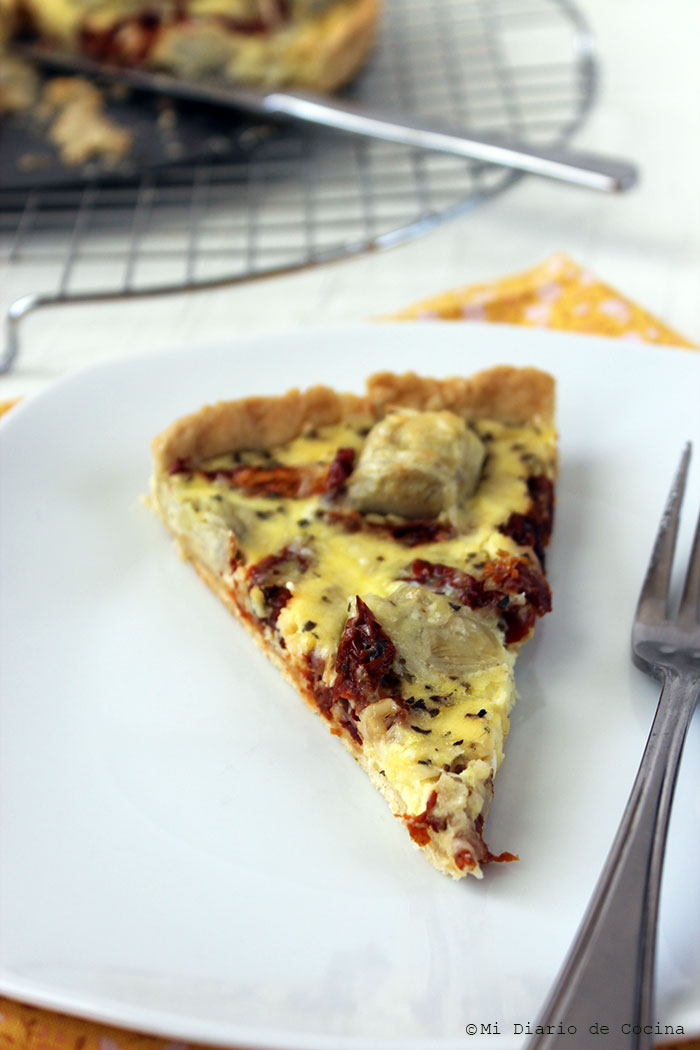 Quiche of artichokes and sun-dried tomatoes