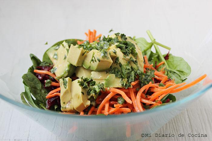 Ensalada de remolacha, zanahoria y espinaca
