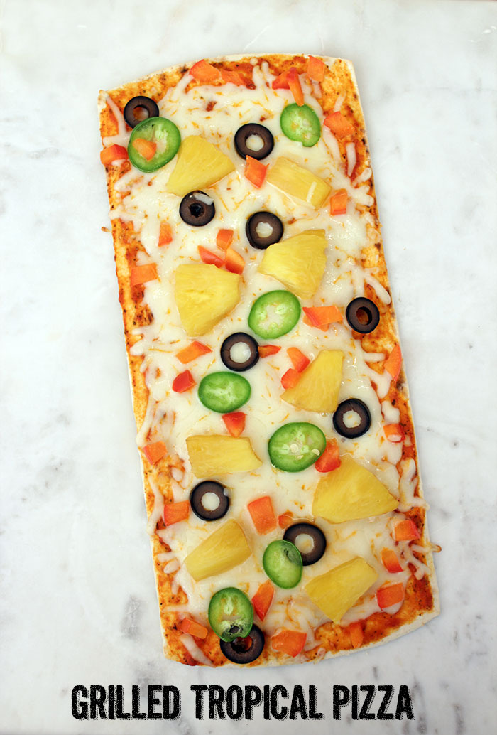 Grilled-tropical-pizza02