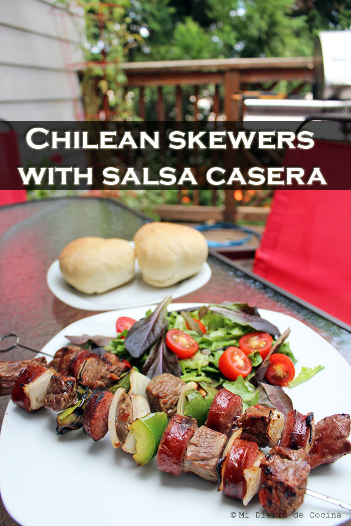 Chilean skewers with salsa casera