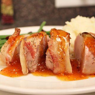 Lomo de cerdo con salsa de damasco