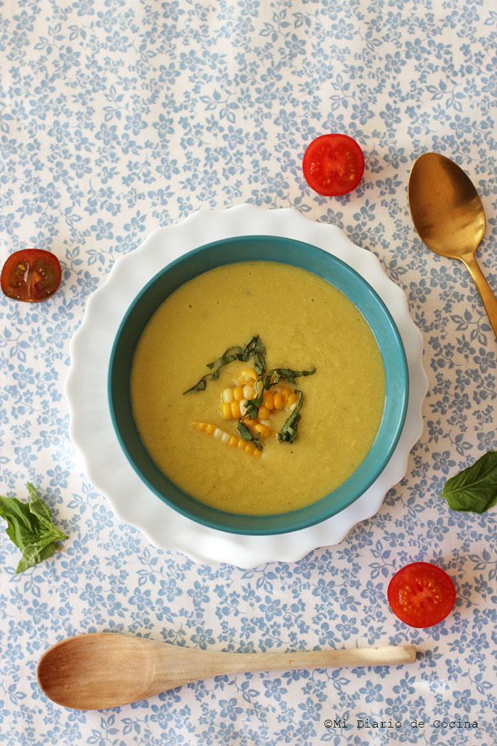 Sopa de choclo (maíz)