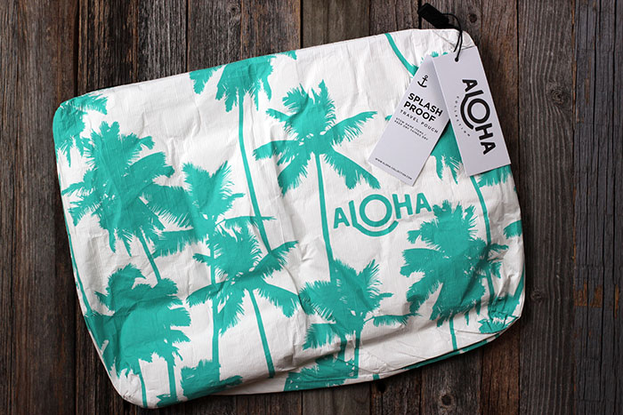 POPSUGAR #MUSTHAVEBOX JUNE 2017 - Aloha Collection Mid-Size Ocean Coco Palms Pouch