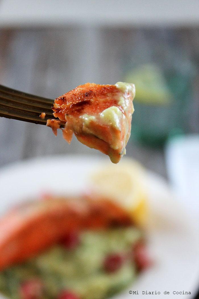 Salmón de Alaska con spaghetti de zapallo italiano
