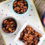 Snack de almendras y frutas de Blue Diamond