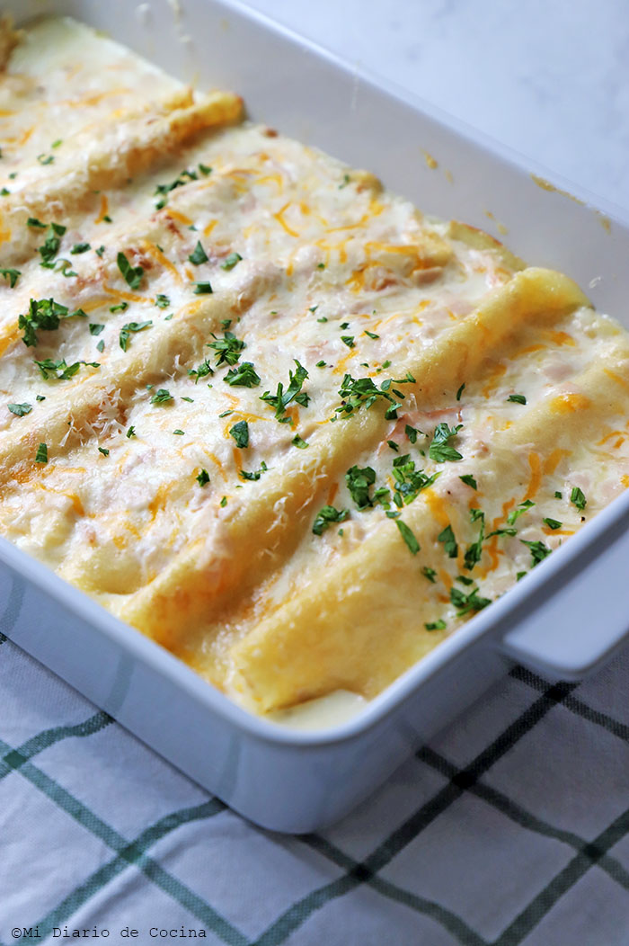 Panqueques con jamón y queso