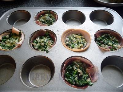 Prosciutto con huevo y espinaca - Preparación