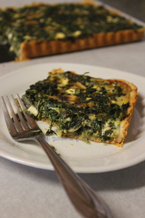 Spinach, mushrooms and cheese tart